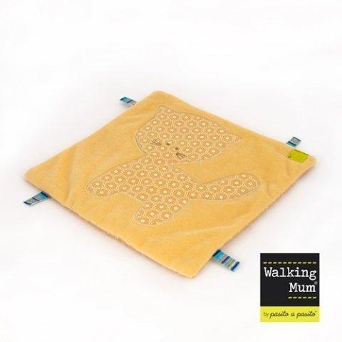 Walking Mum - Кърпа за игра DouDou Котенце, Namaste Collection, Охра